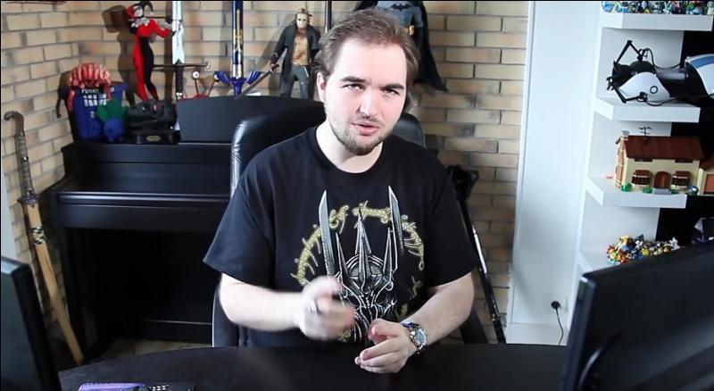 Quel est ce youtubeur ?