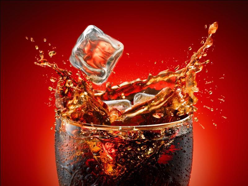 Le Coca Cola contient de l'acide phosphorique pouvant donner de l'ostéoporose :