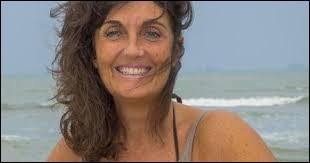 Voici une femme de 45 ans et qui nous vient du Var (83) ; c'est...