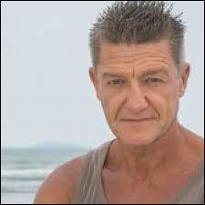 Voici maintenant un homme de 52 ans qui vient de Seine-Maritime (76), et qui s'appelle...
