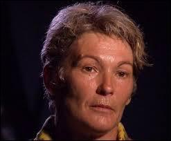 Voici une femme de 52 ans qui vient de l'Yonne (89) et qui s'est fait éliminer au tout premier conseil ; c'est évidemment...