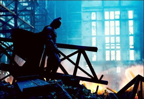 Réalisé par Christopher Nolan, ce film parle de Batman. C'est bien sûr le film...