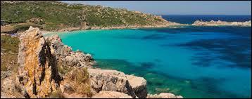 Pour finir, parlons de notre chère mer Méditerranée : quel est le temps de renouvellement de ses eaux ?