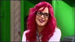 En quoi Violetta va-t-elle se déguiser ?