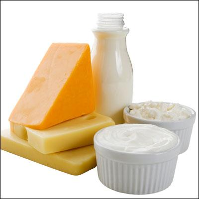 Le lactose est isolé à partir :
