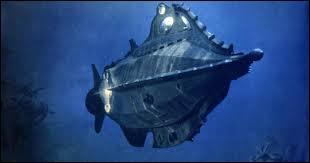 D'après le chef-d'oeuvre de Jules Verne, ce film est sorti en 2006. Il raconte l'histoire d'un homme qui veut percer le mystère de ce monstre marin qui s'acharne sur tous les bateaux qu'il croise. C'est :