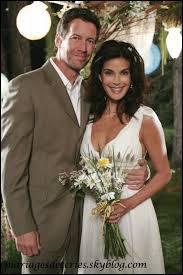 Susan et Mike se marie en même temps que...