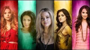 Comment s'appellent les 5 filles de la série ?