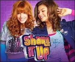 """Quelle actrice de """"Shake It Up"""" fait encore partie de Disney ?"""