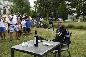Dans quelle ville, les coureurs font-il leur journée de repos ?