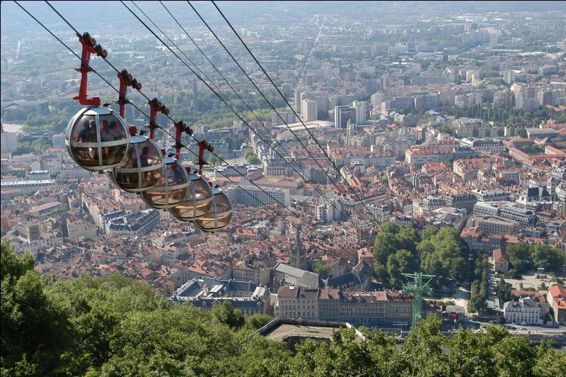 Quelle ville de l'Isère est la ville la plus plate de France, voire d'Europe ?