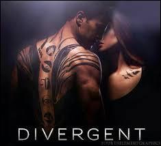 Où Quatre et Tris s'embrassent-ils pour la première fois ?