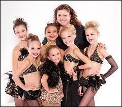 """Sur quelle chaîne est diffusée l'émission """"Dance Moms"""" ?"""
