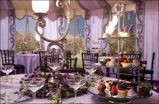 Le 1er août 1997, à 15 heures précisément, le mariage de Bill Weasley et de Fleur Delacour peut commencer. Quel personnage de la saga a pourtant refusé de venir assister au mariage alors qu'il était invité ?