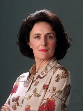 Comment s'appelle la tante de Harry, sœur de Lily ?