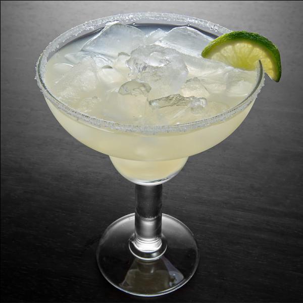 Parfumée au jus de citron et au cointreau, quel est l'alcool de base de la Margarita ?