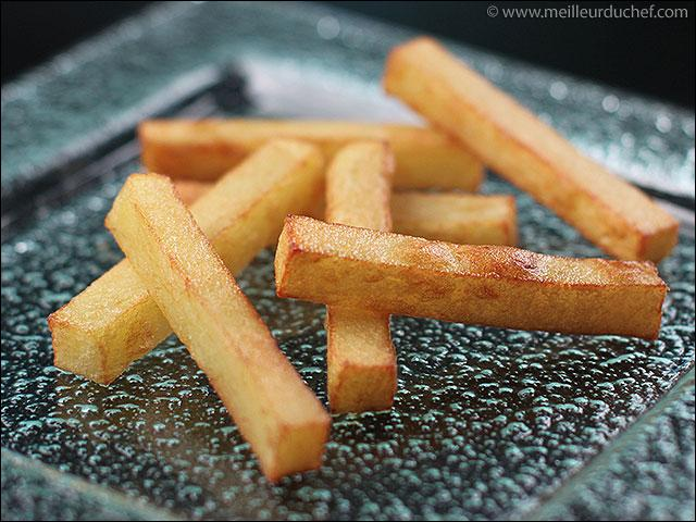 """La pomme """"Pont-Neuf"""" est une pomme de terre frite, deux fois plus épaisse que la pomme """"allumette""""."""