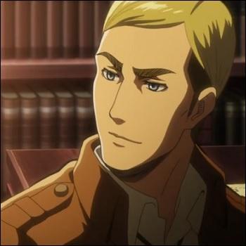 Quelle position a Erwin dans la hiérarchie militaire ?