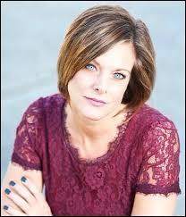 Comment s'appelle la mère de Paige et de Brooke Hyland ?