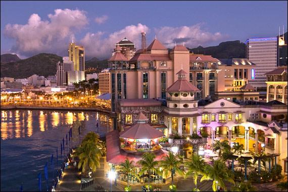 Port-Louis est la capitale des/de :