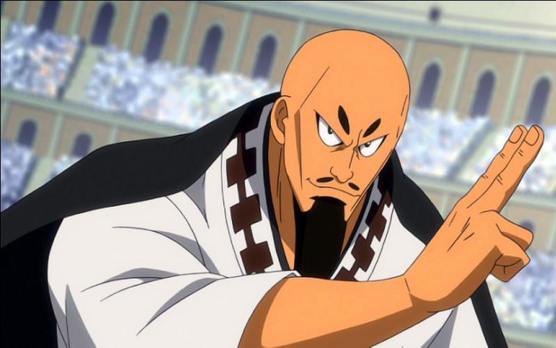 Il fait partie des 10 mages sacrés et de la guilde de Lamia Scale dont il est le mage le plus puissant. Qui est-ce ?