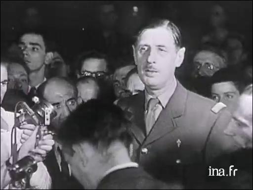 """Quelle ville était """"outragée, brisée, martyrisée mais libérée"""" selon le général Charles de Gaulle en 1944 ?"""