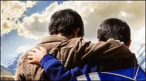 Amir et Hassan sont deux petits garçons vivant à Kaboul. Quel est ce film ?