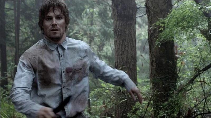 Comment Oliver Queen s'est-il retrouvé sur cette île ?