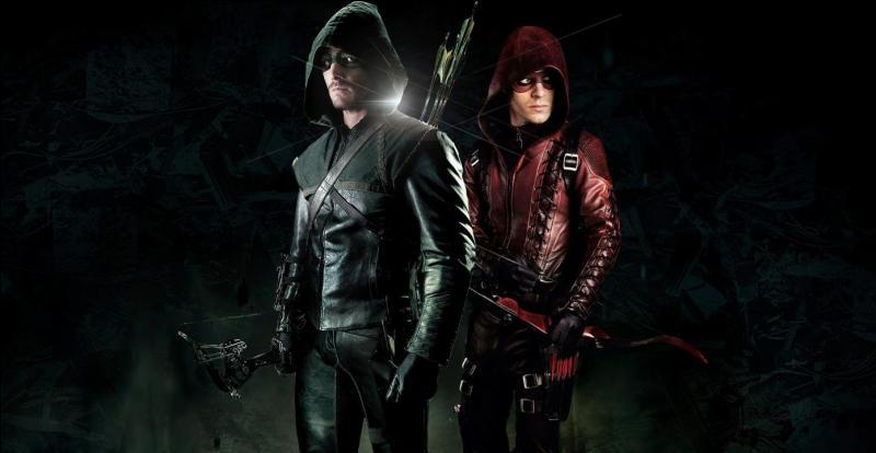 Qui est le coéquipier qui accompagne Arrow à partir de la saison 2 ?
