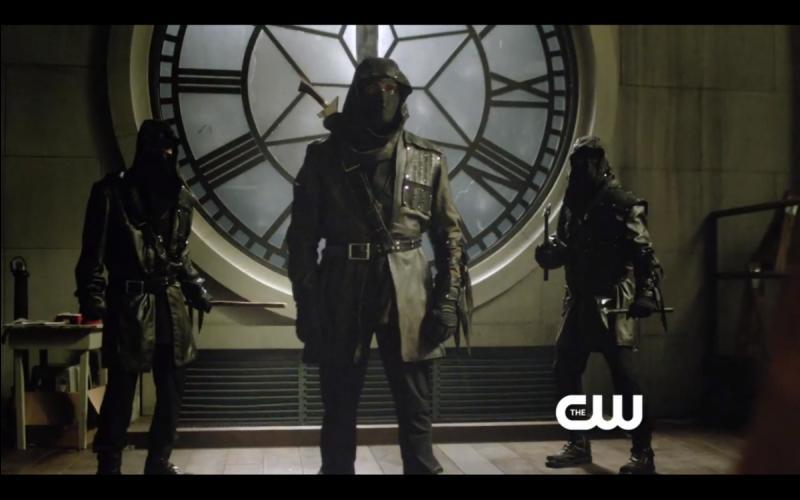 Dans quelle saison Oliver Queen rejoint-il finalement la ligue des assassins ?