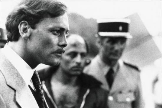 """""""Le juge Fayard dit le Shérif"""", magnifiquement interprété par Patrick Dewaere dans ce film d'Yves Boisset relate l'histoire du juge..."""