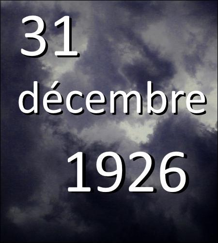 La veille du Jour de l'An, Mérope se laisse mourir une heure après avoir donné naissance à Tom Elvis Jedusor. Quelles sont ses dernières paroles ?