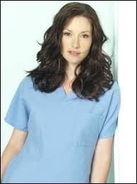 Quelle est la spécialité du docteur Lexie Grey ?