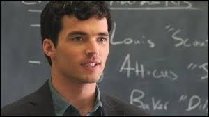 Ezra Fitz est...