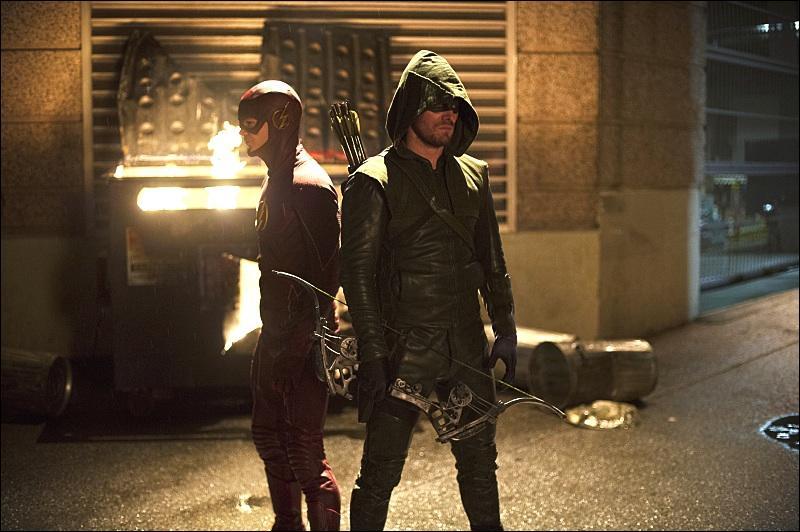 Quelle autre série est liée à Flash ?