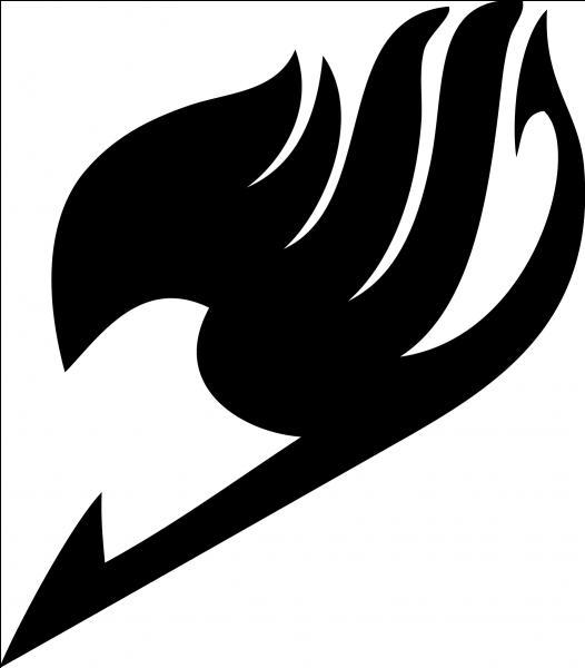 Où se trouve le logo de Fairy Tail d'Erza Scarlet ? (partie du corps)