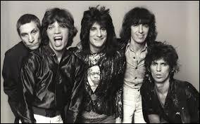 Combien de chansons les Rolling Stones ont-ils produites dans les années 1960 ?