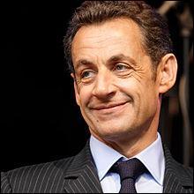 Carnet rose. Le 28 janvier, naissance à Paris de ..., président de la République française de 2007 à 2012.