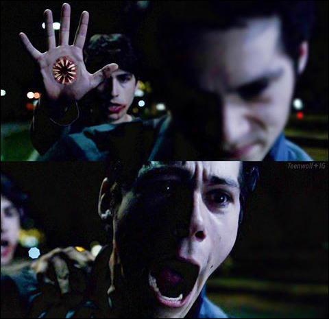 Pourquoi Donovan s'en prend-il à Stiles ?