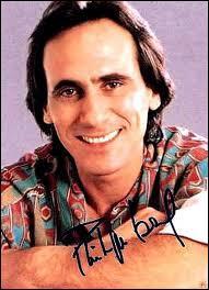 """Vrai ou faux - Philippe Lavil chantait """"Il tape sur des bambous"""", en 1982."""