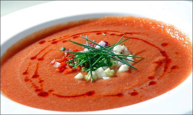 Spécialité espagnole, quel est ce potage à la tomate ?