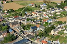 Le village Axonais de Mesbrecourt-Richecourt se situe en région ...