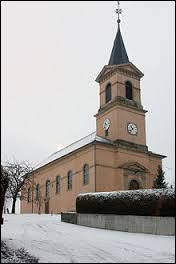 Voici l'église Saint-Sigismond de Ruederbach. Village Haut-Rhinois, il se situe en région ...