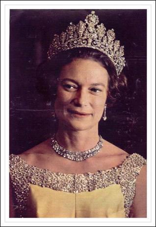 Nicoldy nous apprend que c'est aussi l'anniversaire d'une princesse belge, fille de Leopold III, et soeur du roi Baudouin :