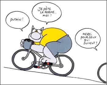 """Jimmy, passionné du code de la route, demande : """"Comment reconnaît-on la moto d'un Belge en Angleterre ?"""""""