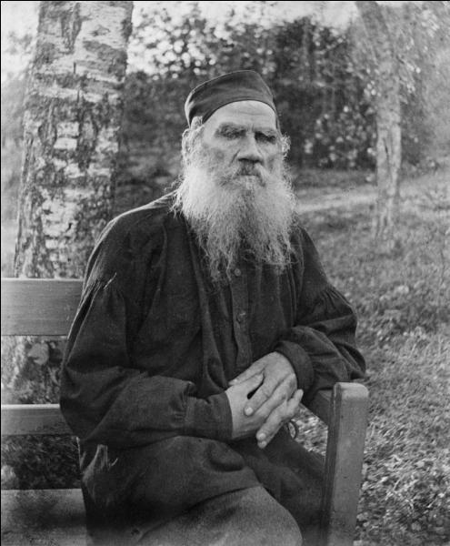 Léon Tolstoï (comte Lev Nikolaïevitch Tolstoï) a écrit :