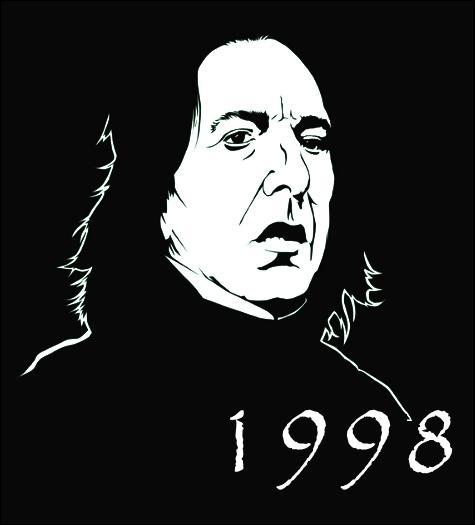 Nous sommes après la Bataille de Poudlard, Severus Rogue a échappé au Seigneur des Ténèbres en lui révélant qu'il n'était pas le maître de la Baguette de Sureau (toujours un fléau ! ) Dans quel film fait-elle sa première apparition ?