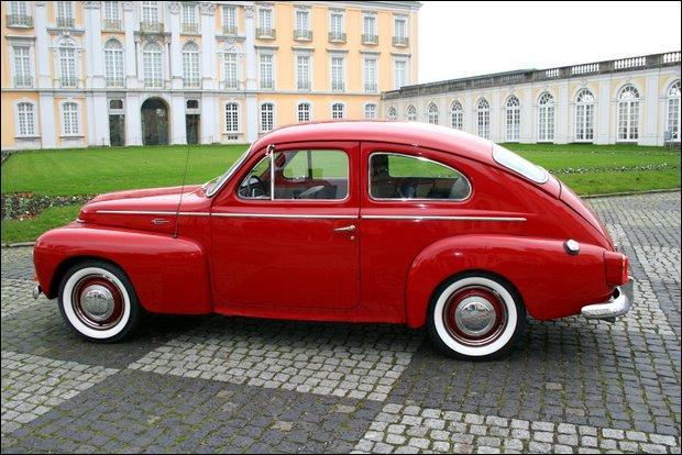 Quelle est la marque de cette voiture de 1959 d'une rare robustesse ?