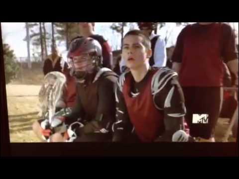 Teen Wolf : Quel est le numéro de Scott, au cross ?