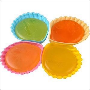 Voici des bonbons ! Choisissez-en un parmi les berlingots, les sucettes, les guimauves, les fraises Tagada, etc. !